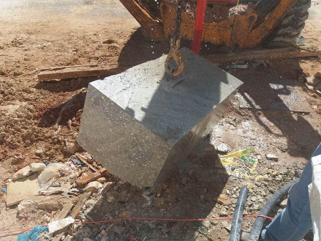 פינוי משטח בטון