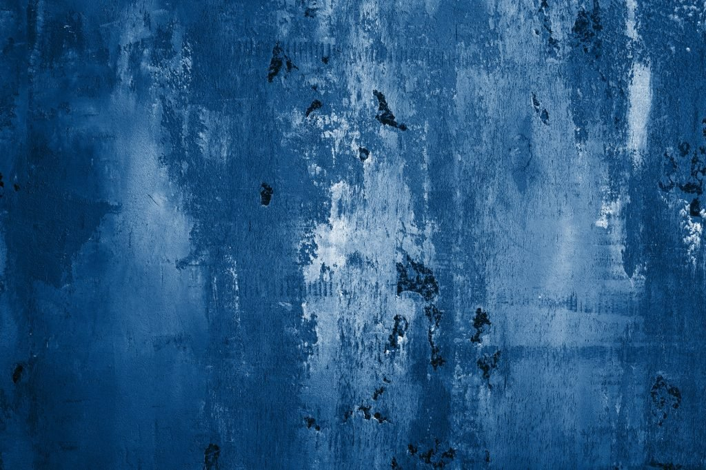 Wall Painted in Classic Blue Color.