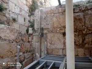 התקנת מסור יהלום בקיר אבנים